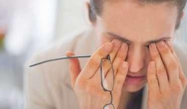 Migraines woman